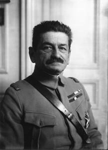 Général_Charles_Mangin_agence_Meurisse_BNF_Gallica