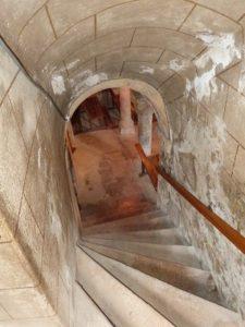 Escaliers de la crypte
