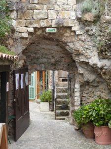 Vieilles rues du village