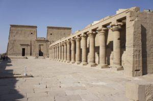 Esplanade et colonnade (3)