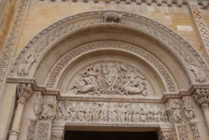 Grand portail, tympan
