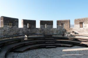 La Tour des Masques-terrasse crénelée